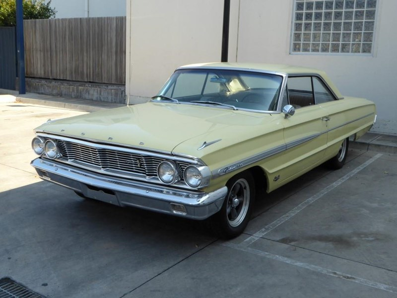 ford galaxie 492077 001