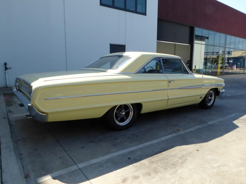 ford galaxie 492077 011