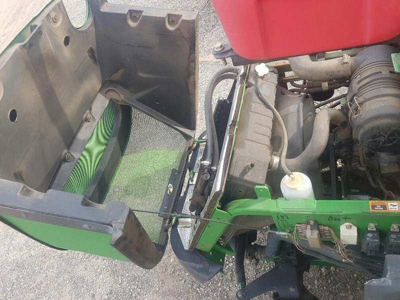 "john deere 1445 series 2 ,4wd 72"" rear discharge commercial mower 494499 007"
