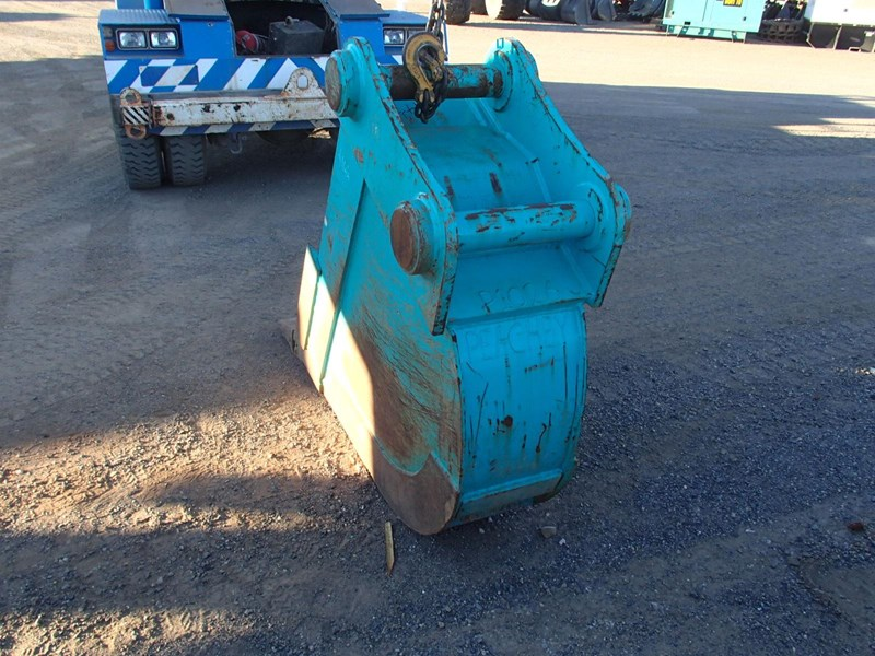 unknown 450mm trenching bucket 496838 005