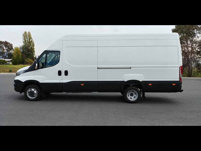 iveco daily 50c18a 498853 009