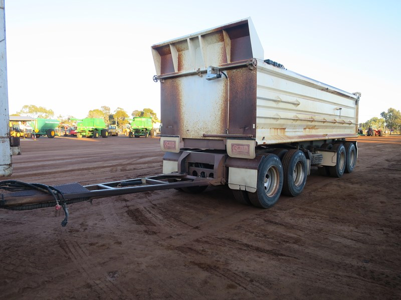 j smith & sons quad axle dog tipper 500807 001