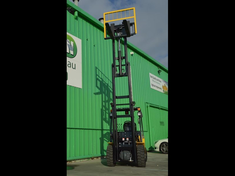 agrison 3 tonne forklift - 3 stage cont. mast - nationwide delivery 505629 019