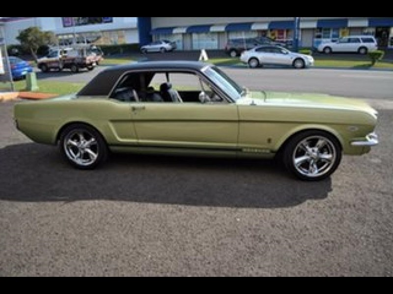 ford mustang 498525 015