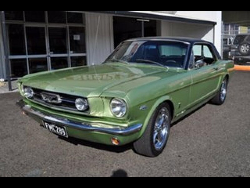 ford mustang 498525 003