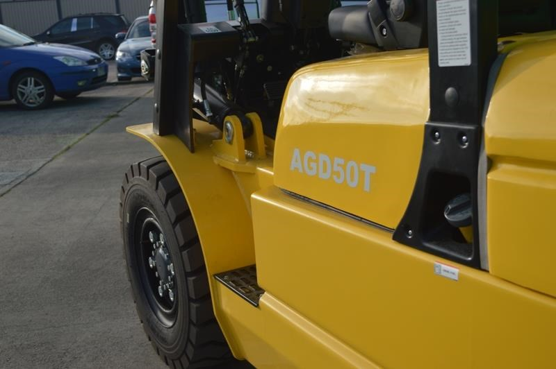 agrison 5 tonne forklift - 3 stage cont. mast - nationwide delivery 505661 023