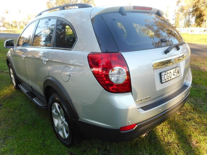 holden captiva 506245 011