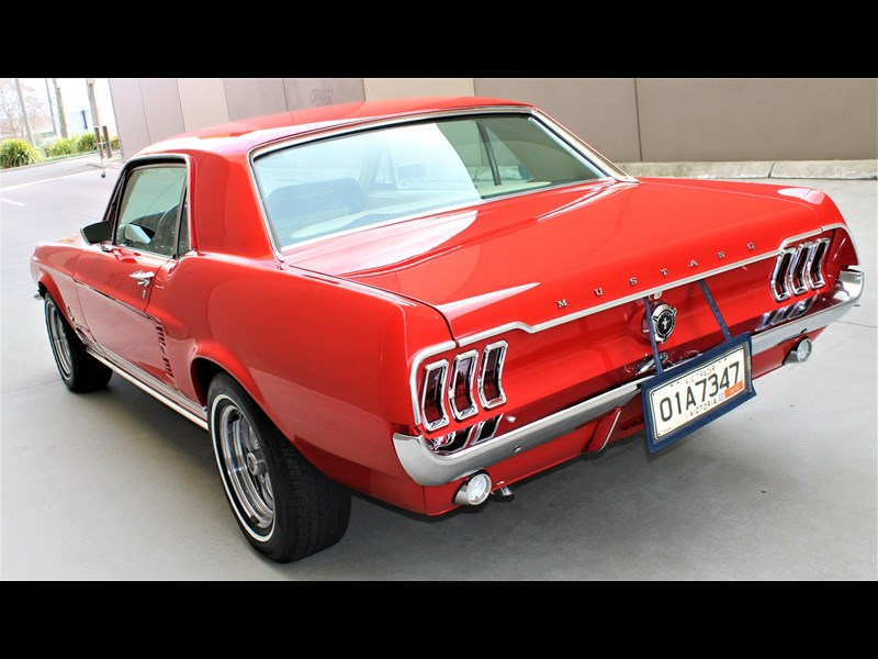 ford mustang 515791 017