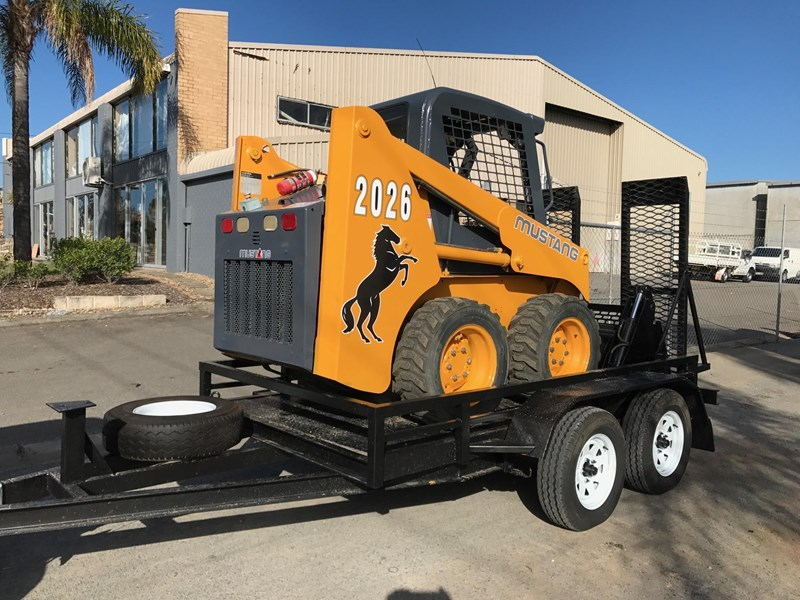 mustang 2026 & plant trailer 516992 003