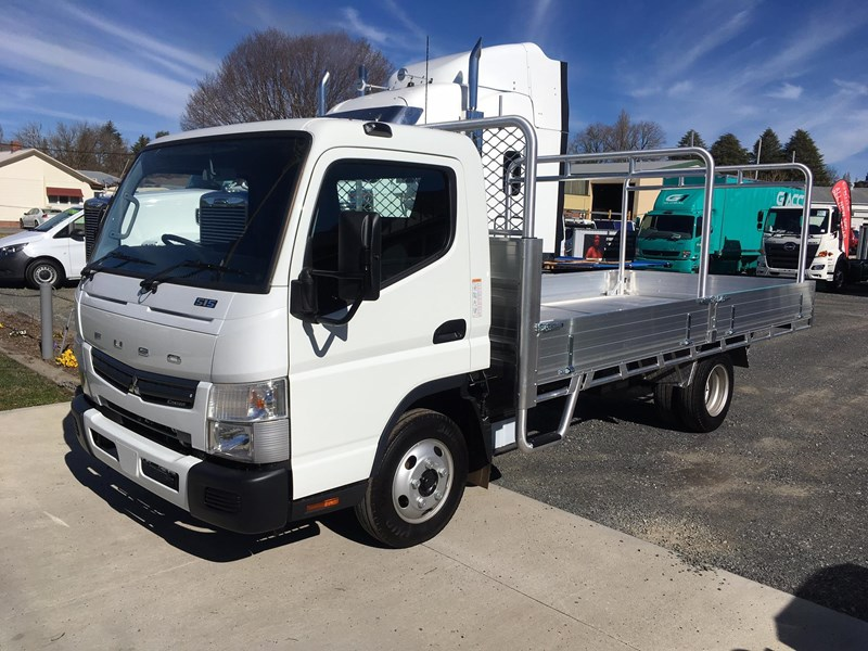 fuso canter 515 wide 464917 001