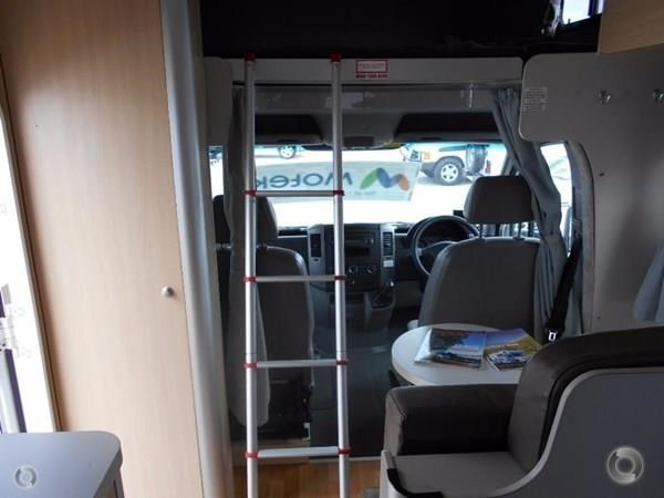 volkswagen crafter 4 berth beach 520155 015