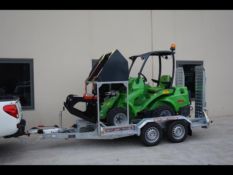 avant articulated mini loader trailer package 520176 009