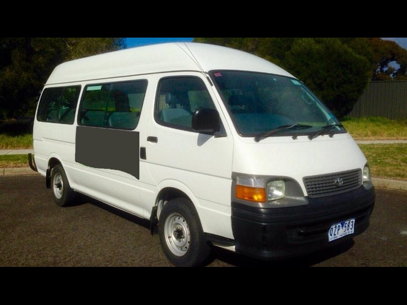 toyota hiace (only 90,000 km) 517873 001