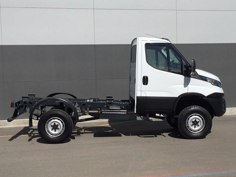 iveco daily 55 s17 468421 011