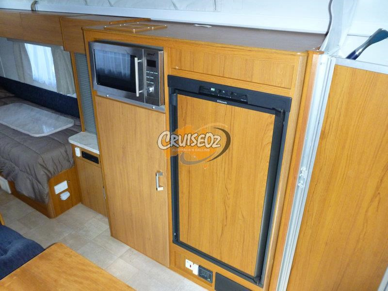 jayco sterling 17.55-4 - single beds 523263 009