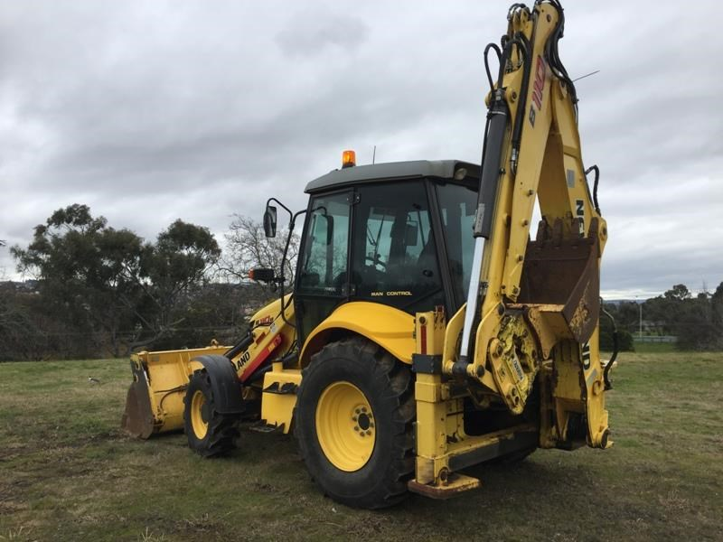 new holland b110b 523317 007
