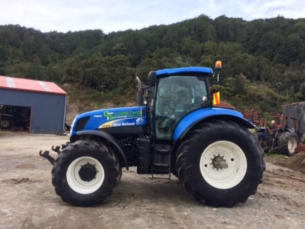 new holland t7070 525057 001