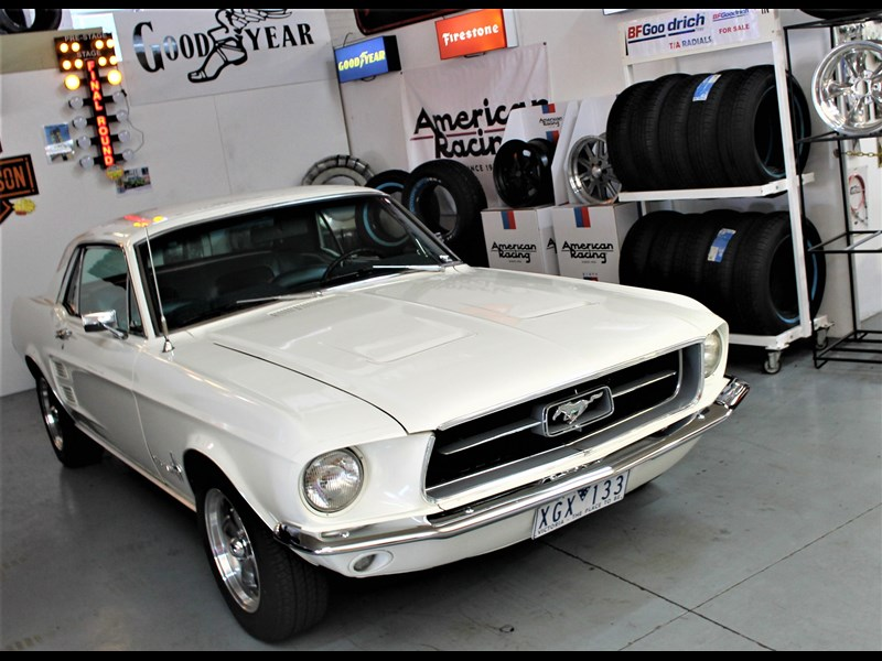 ford mustang 525402 039