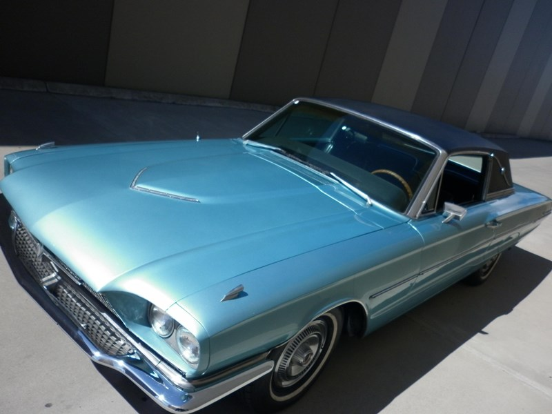 ford thunderbird 431219 011