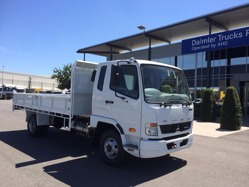 fuso fighter 1024 529138 003