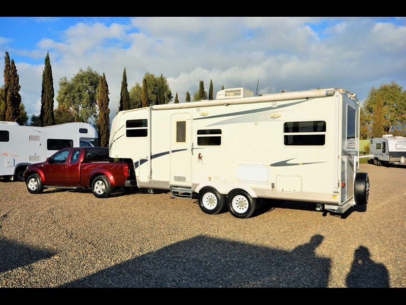 cut loose rv 5th wheeler 529601 003