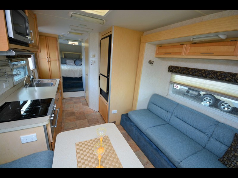 cut loose rv 5th wheeler 529601 023