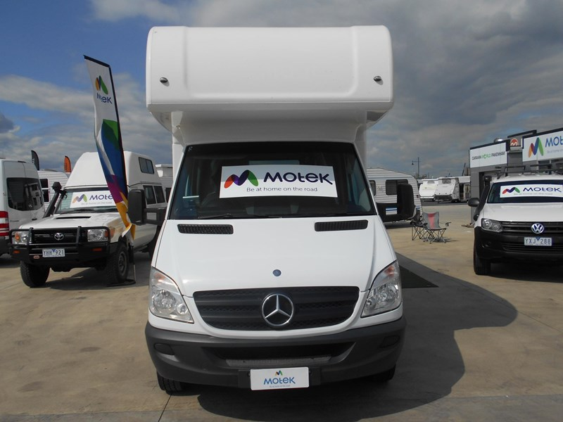mercedes-benz sprinter 6 berth lake 532902 067