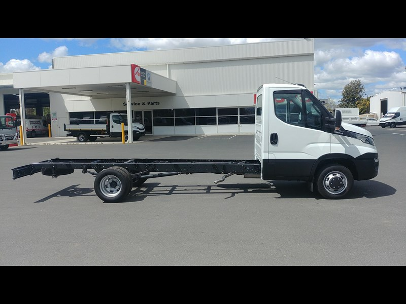 iveco daily 45c17a8 533527 005