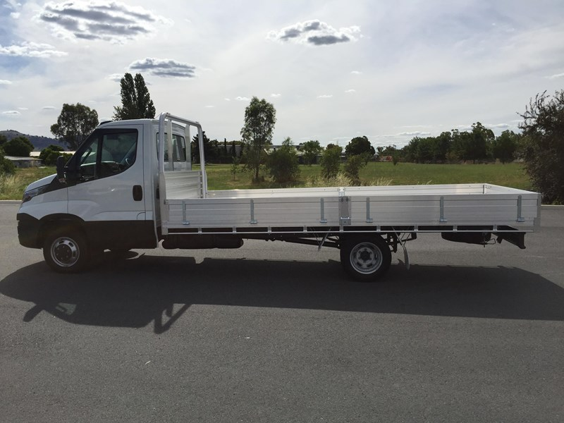 iveco daily 45c17a8 533571 009