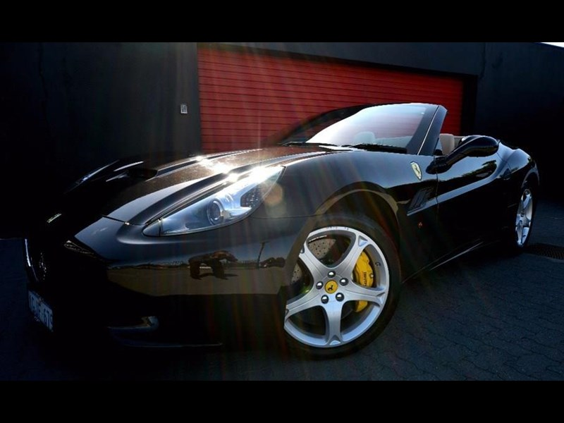 ferrari california 536590 001