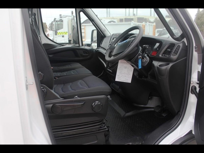 iveco daily 45c17 541027 023