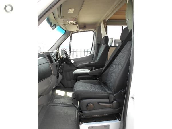 mercedes-benz platinum 4 berth beach 543538 043