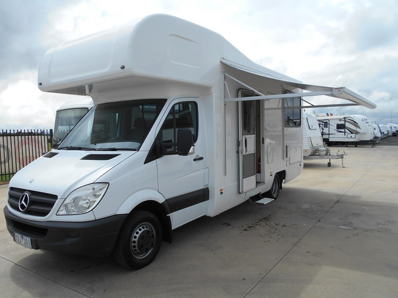 mercedes-benz platinum 4 berth beach 543538 001