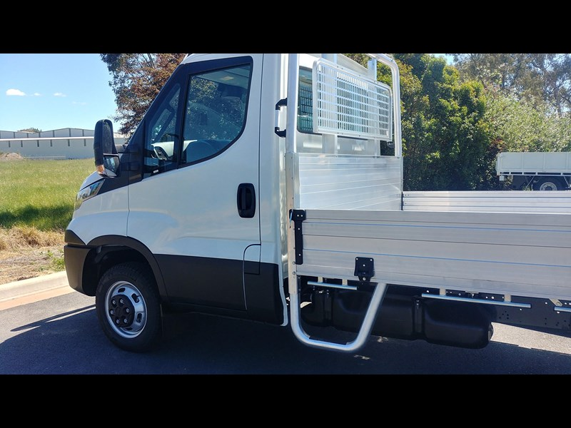 iveco daily 45c17a8 543863 009