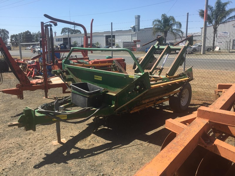 elsworth round bale feed out cart 547658 001