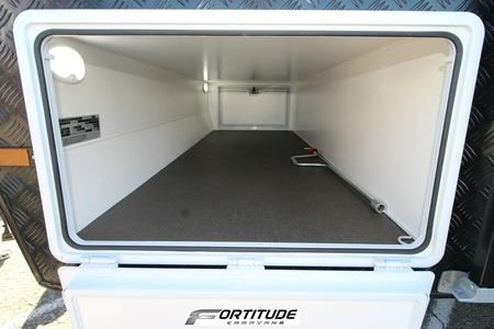 fortitude caravans ever ready family 548116 049