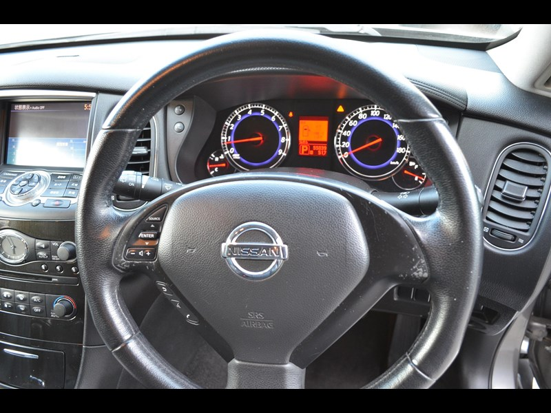 nissan 370gt crossover four 549821 015