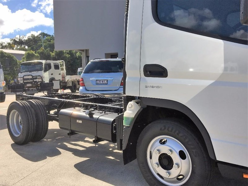 fuso canter 550038 003