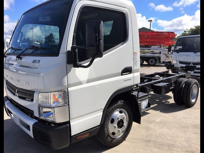 fuso canter 550039 003