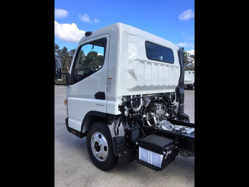 fuso canter 550040 013