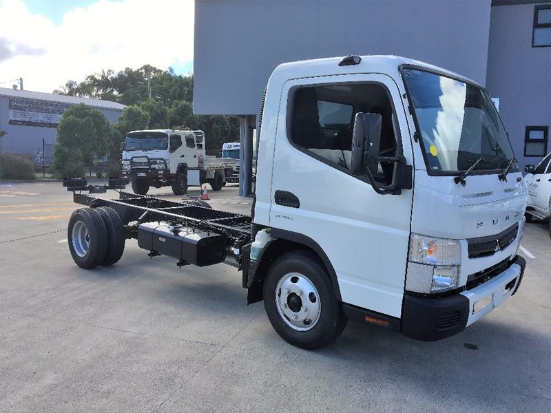 fuso canter 550040 001