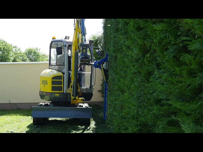 slanetrac hc-150 hedge cutter with hitch 550866 009