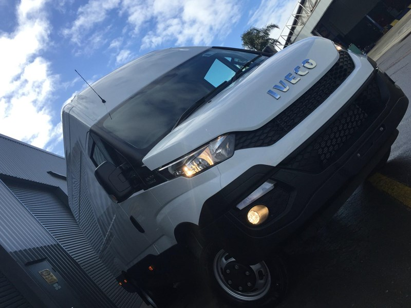 iveco daily 50c21 553045 041