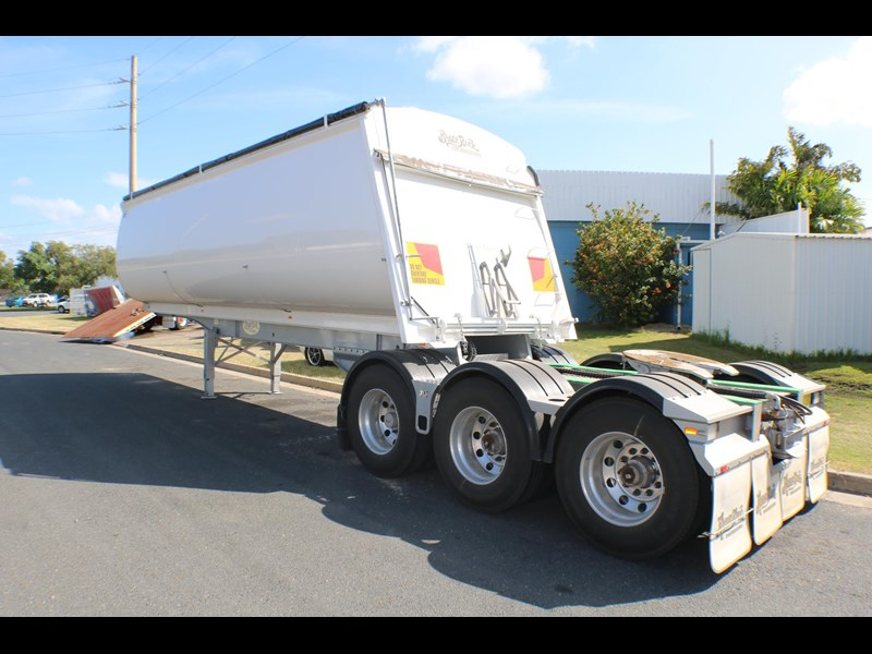 bruce rock engineering b-double slider bulk tippers 555491 033