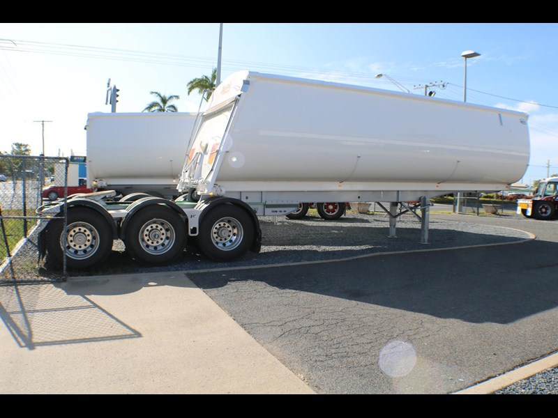 bruce rock engineering b-double slider bulk tippers 555491 045