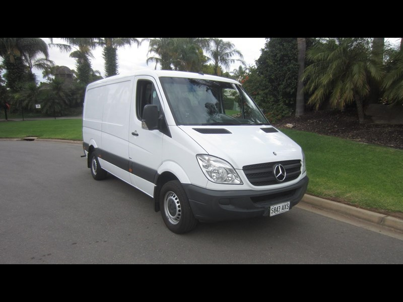 mercedes-benz sprinter 313 cdi 476870 079