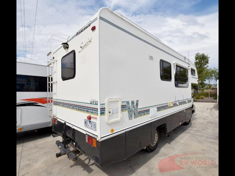 winnebago industries alpine 557207 003