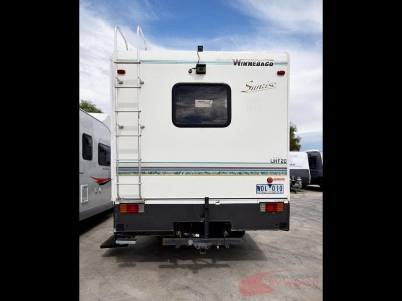 winnebago industries alpine 557207 039