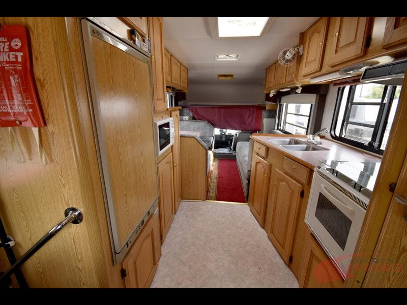 winnebago industries alpine 557207 017
