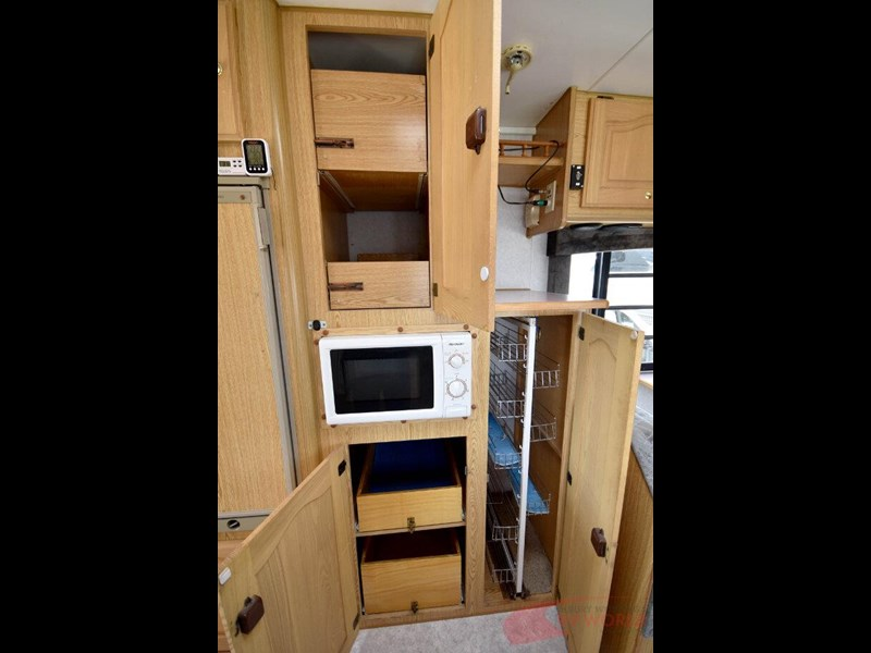 winnebago industries alpine 557207 025